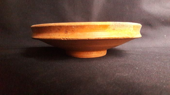 Ancient Roman Pottery / Dish - D. 152 mm