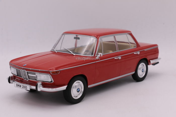 MCG - Schaal 1/18 - BMW 2000 TI  - Type 120 - 1966 - Color: Light Red
