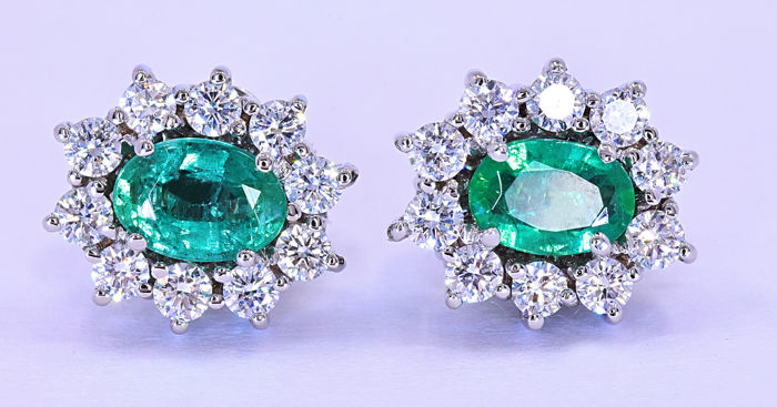 2.89 Ct Emerald and Diamonds, rosette earrings ***NO RESERVE price!***