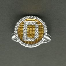 Two-tone 18 kt gold cocktail ring with brilliant cut diamonds totalling 0.22 ct