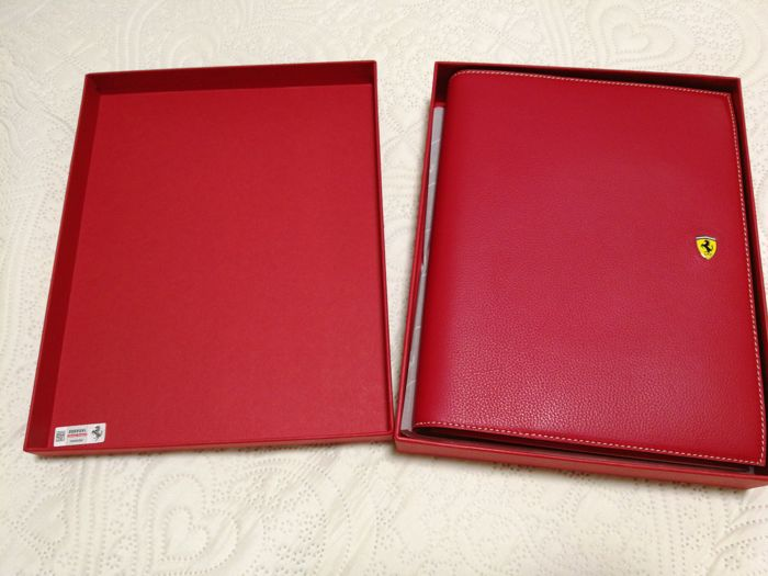 Ferrari - Hand-Stitched Leather - Hand-stitched calfskin organiser and address book case - 27x30 cm with box