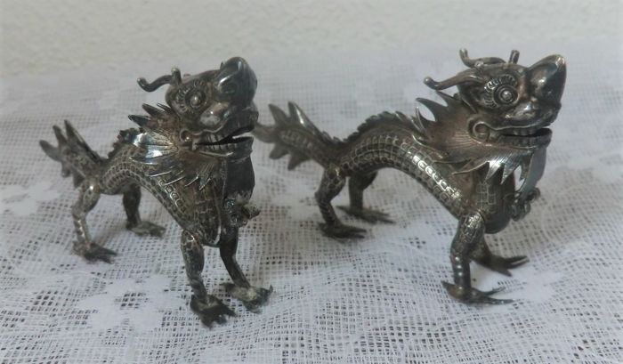 Antique Chinese silver dragon menu holders, Wang Hing, late 19th century