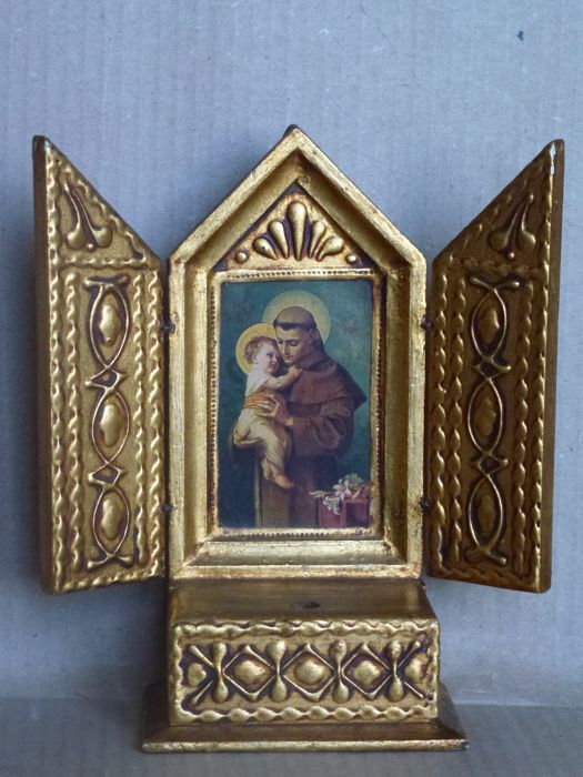 Christian-Catholic style - a plate with carved wooden altar, gilded, reproducing the image of Saint Antonio da Padova holding the Child in his arms - figures of great beauty: refined craftsmanship