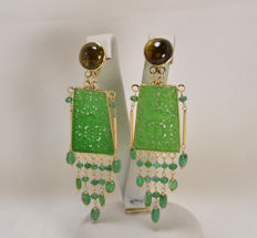 18 kt yellow gold earrings with tourmaline, jade and emeralds - Weight: 17.70 g - Dimensions: 25 x 80 mm