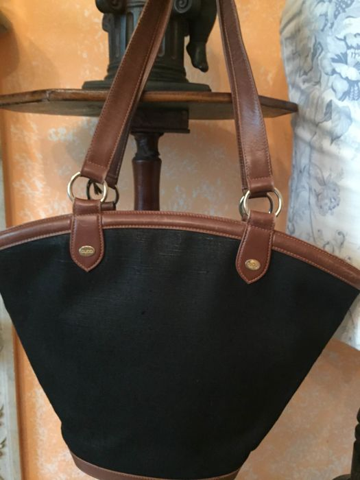 b2241c10bb0b Vintage Gucci bag from the 1990s - Catawiki
