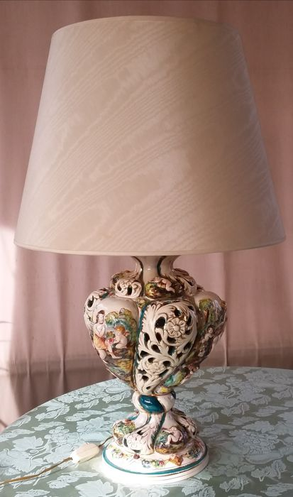 Large ceramic lamp - Capodimonte, Italy - dates back to the 1940s/50s
