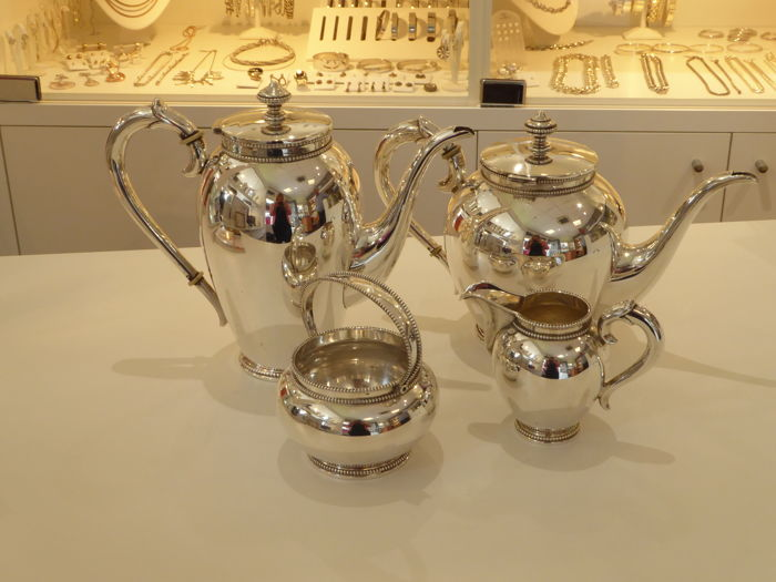 Four piece silver tableware with pearl rim, importer D.J. Aubert, The Hague, 2nd half 20th century