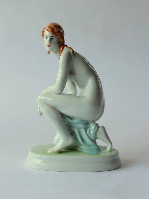 Zsolnay - Art Deco woman - nude statue