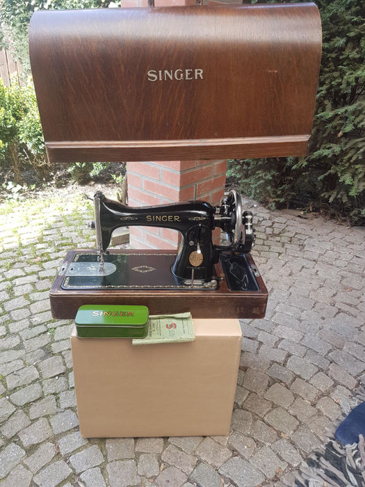 Singer 15K Sewing Machine, 1938