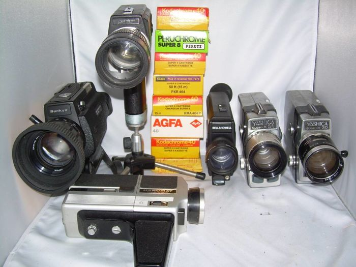 Lot of 6 Super-8 film cameras plus 8 Super-8 cartridges past expiry date
