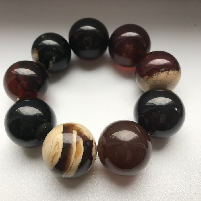 Amber bracelet with XL beads, mixed colors