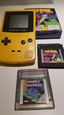 Nintendo GameBoy Color + boxed Tetris and Marble Madness