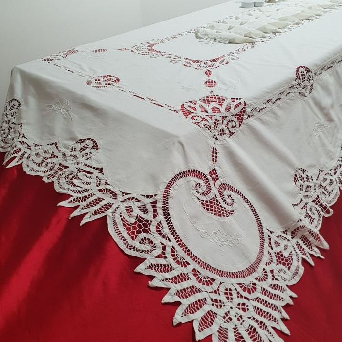 Gorgeous Renaissance stitch tablecloth - 245 x 167 cm - Italy