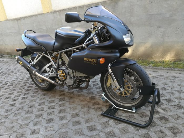 Ducati - 900 Supersport - 900 cc - 2002
