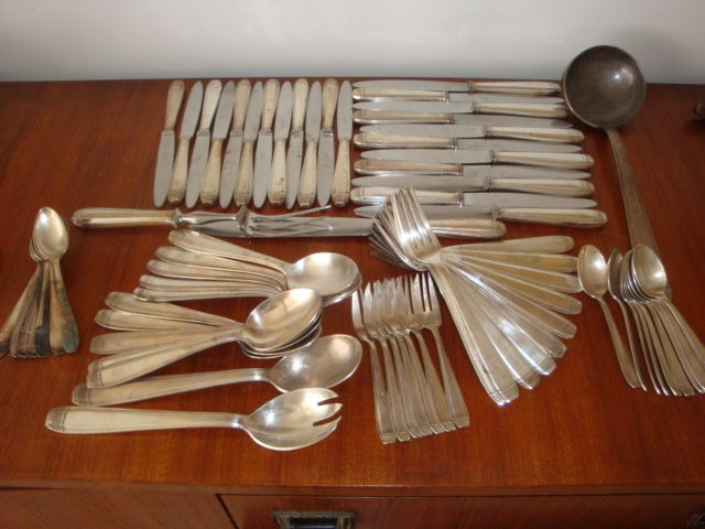 part of an Art Deco silverware set made by DIXI