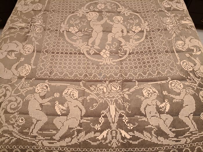Outstanding antique handmade filet coverlet made on loom - Abruzzo, late Art Nouveau period