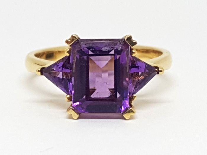 Amethyst 3 stone Ring total: 4,46ct. - Ring size BE 54 // NL 17,25mm // free adjustment of ring up to size 70