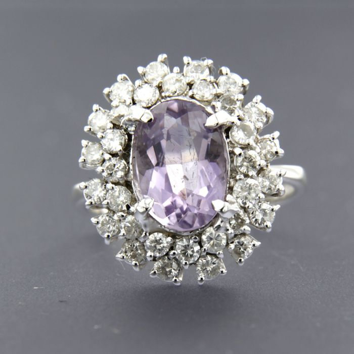 Ring - White gold - No indication of treatments - 1.5 ct - Diamond and Amethyst