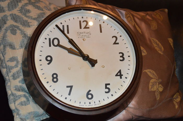"""Wall Clock """"7 Jewels 8 Days"""" - Smith - Made in Great Britain in 1910"""