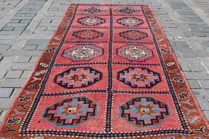 Primitive Wide Runner Rug from East Turkey, 148 x 348 cm
