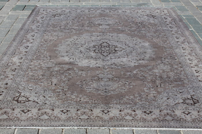 Overdyed Carpet from Konya, Turkey, 210 x 305 cm
