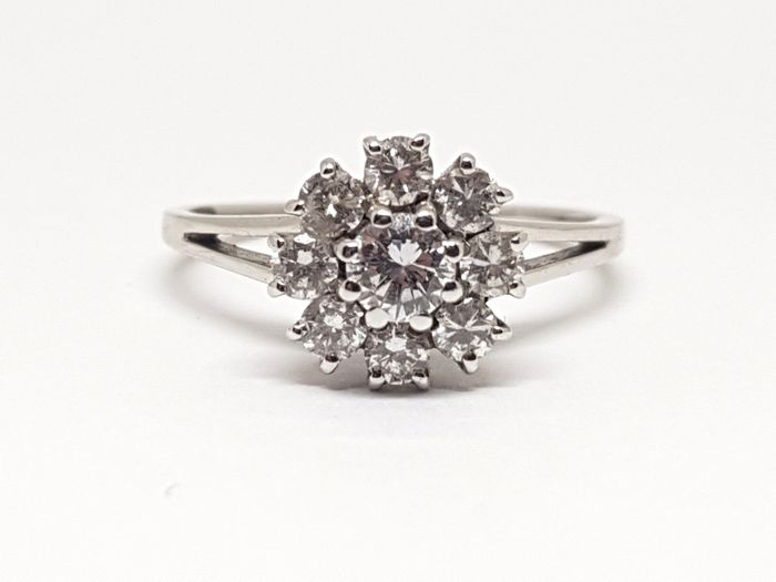 Diamond Cluster Ring 0,72ct.