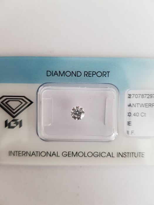 Brilliant of 0.40 ct, E, I F certified by IGI