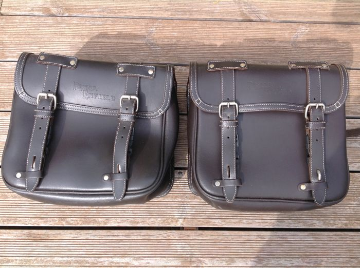 "2 saddlebags ""Royal Enfield"" in leather - 2010"