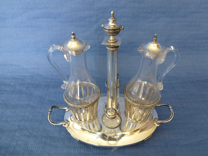 Oil and vinegar server, 19th century, silver plated metal