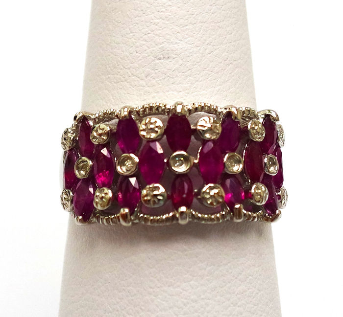 14ct White Gold Natural Ruby & Diamond Ring Size N 1/2