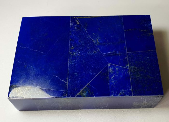 Fine Quality Hand Crafted Royal blue Lapis Lazuli With Marbel Box- 150 x 102 x 41 mm - 760 gm