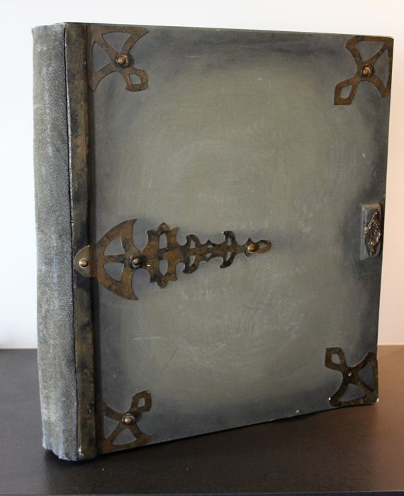 Very large empty Grimoire in Art Nouveau style - 55 x 50 cm