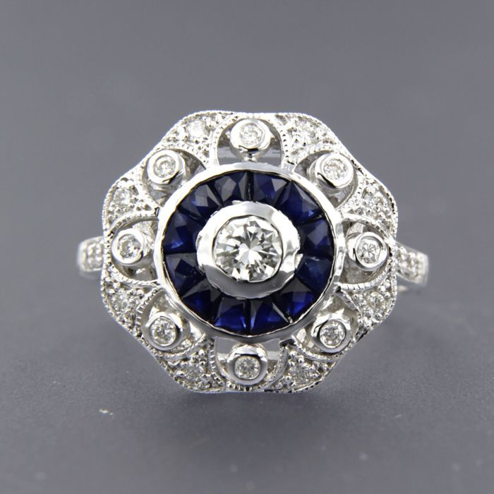 - no reserve price - 14 kt white gold ring in art deco style set with sapphire and 23 brilliant cut diamonds of in total approximately 1.12 carat