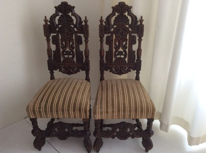 Decorative oak chairs, first half 20th century