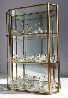 Collection of crystal figurines in gilded display case - Italy