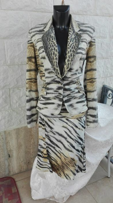 finest selection 96c54 d80d1 oberto Cavalli, line Just Cavalli - Animal print suit, Jacket & Skirt -  RARE! - Catawiki