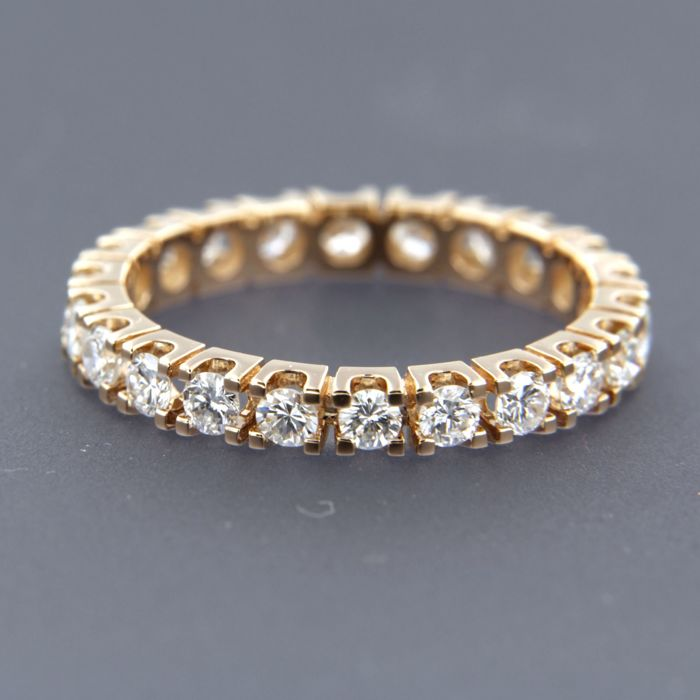 18 kt rose gold full eternity ring set with 22 brilliant cut diamonds of in total approximately 1.25 carat