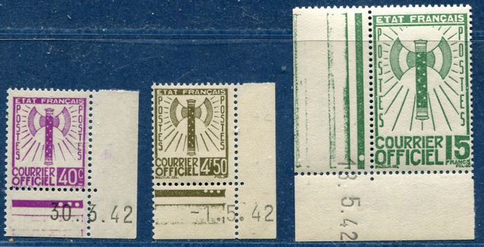 France 1942 – Service, 3 stamps from the Francisque set with dated sheet corners and signed Calves - Yvert no. 3, 11 and 14