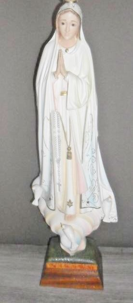 Large statue of Our Lady of Fatima. 20th Century - Portugal