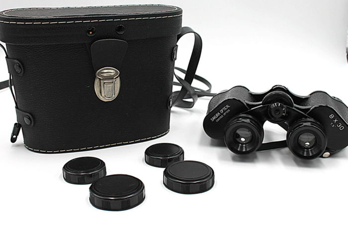 Original high-quality Sakura Optical 8x30 binoculars - 1970 - new from a optical store in Milan