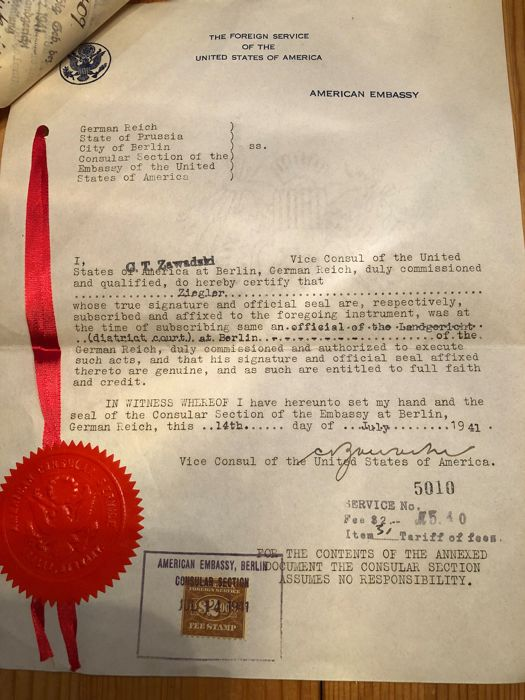 Extremely RARE Document showing cooperation between the German Authorities / Deutsche Fox and the US Embassy in Berlin in 1941.   The document is sealed and stamped with three pieces of German stamps and signed by the US Vice Consulate C.T. Zawadski