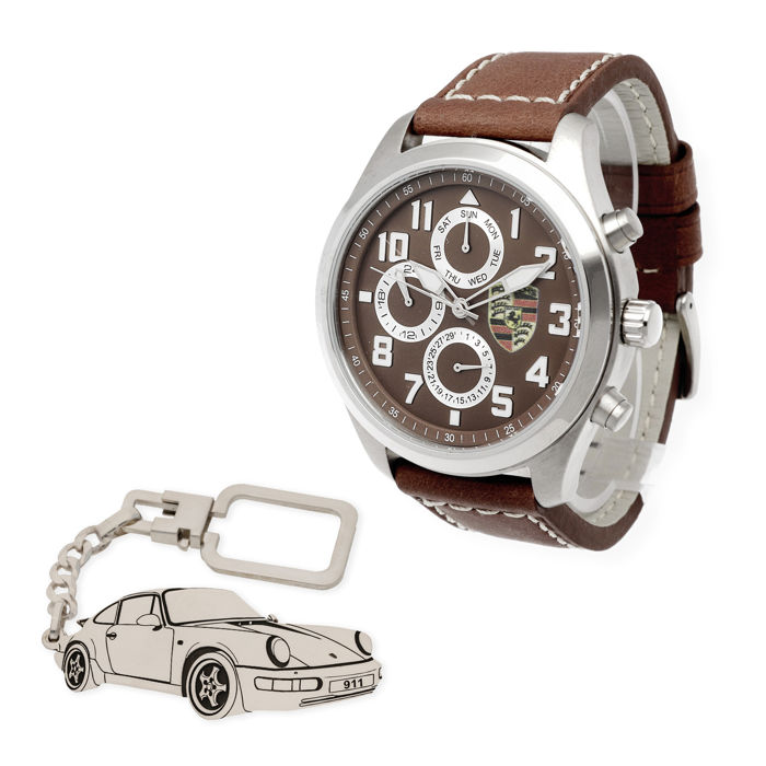 Lot of S&S men's watch for Porsche + Sterling silver key ring with a reproduction of the 911 model