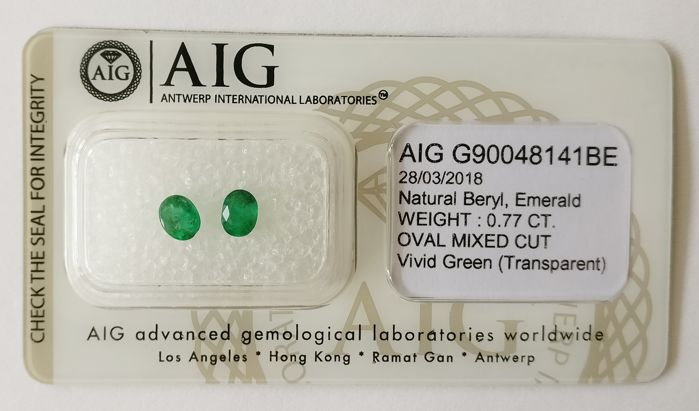 Emrald Vivid  Green 0.77 ct *** No Reserve ***