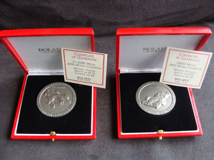 Ferrari - Medals Formula I World Champion 2000 + 2002 (2 pieces)