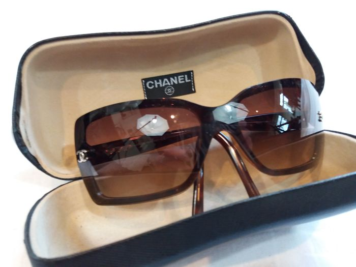 Chanel - Sunglasses including tube, rare edition!
