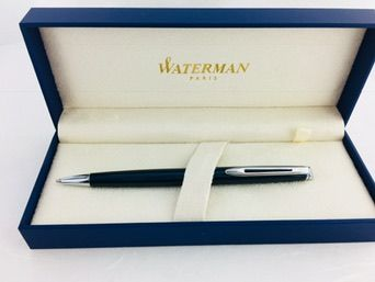 Waterman Hemisphere ballpoint pen in metallic blue