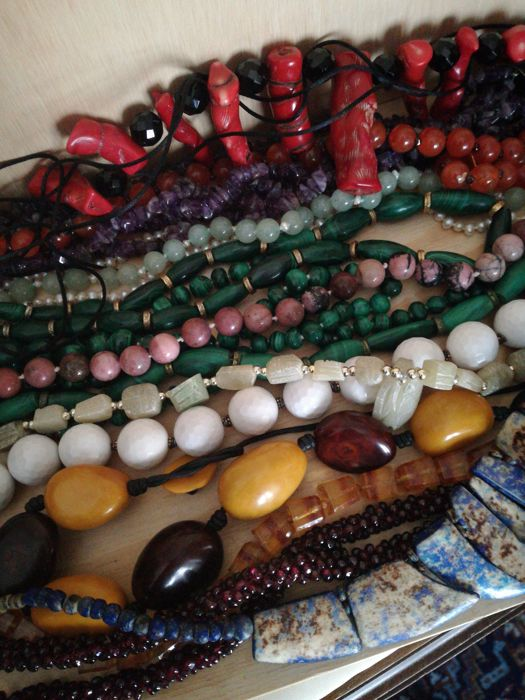 Fourteen semiprecious stone necklaces of different provenance; from 1970s to 2000s (14 pieces)