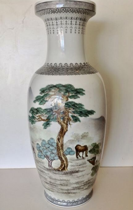 Big Polychrome Painted Vase With Background Of Horses 63 Cm
