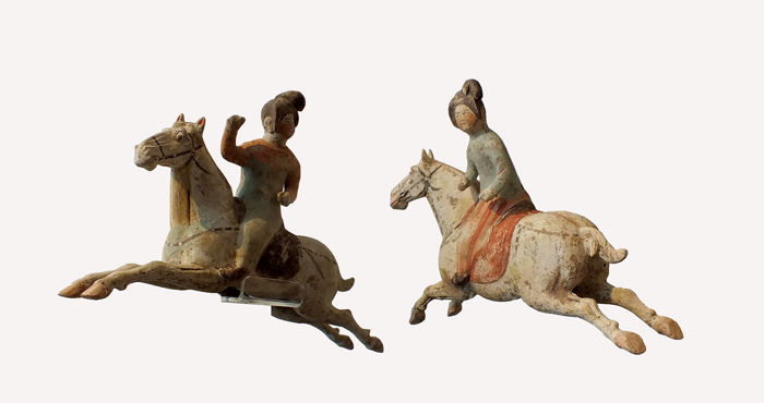 A Rare Pair of Painted Grey Pottery Female Polo Players, Tang Dynasty, Tl tests, Long 33 cm.