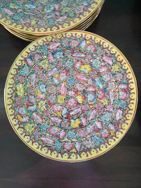 Set of 24 oriental dishes – China – from around 1960